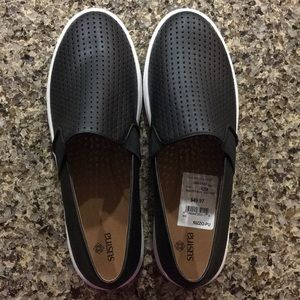 NWT - Susina slip on shoes - size 12